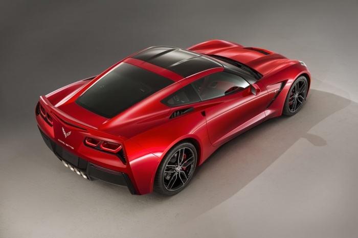 2014-Chevrolet-Corvette-C7-Stingray-gallery-7
