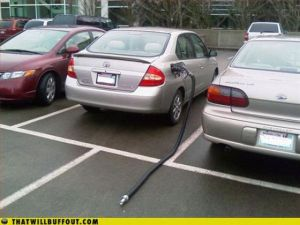 cars_in_hilarious_640_07.jpg