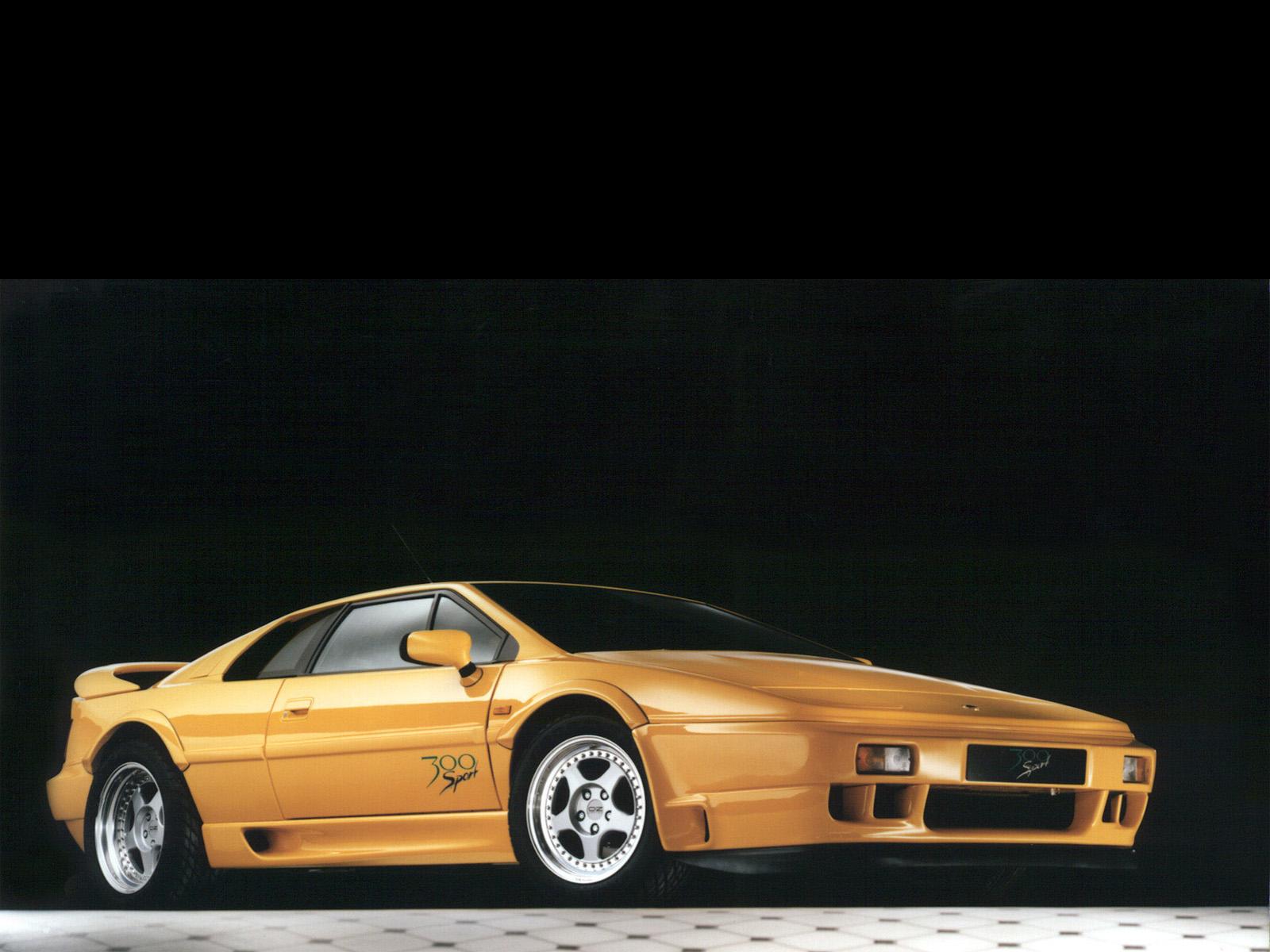 Lotus-Esprit-Sport-300