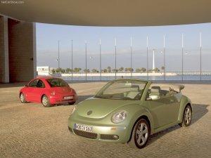 2005-volkswagen-new-beetle.jpg