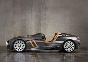 2011-bmw-328-hommage-concept-inspirado-en-el-bmw-328-roadster-de-1936-2.jpg