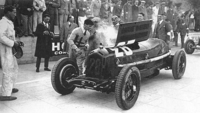 1933 Monaco. Alfa Romeo 8C 2600 Monza #28 de Nuvolari