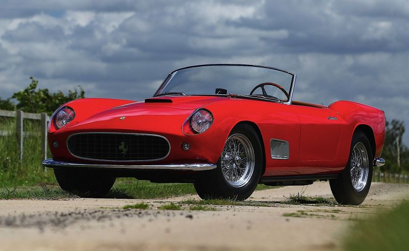 1957-Ferrari-250-GT-California-LWB-Prototype-Spyder 6600000$
