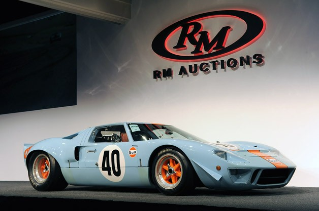 1968-ford-gt40-gulf-mirage 11000000$ 2012