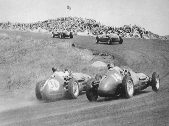 1953 GP Holanda - peter collins (#36 hwm-alta) 8th, josé froilan gonzalez (maserati a6gcm)