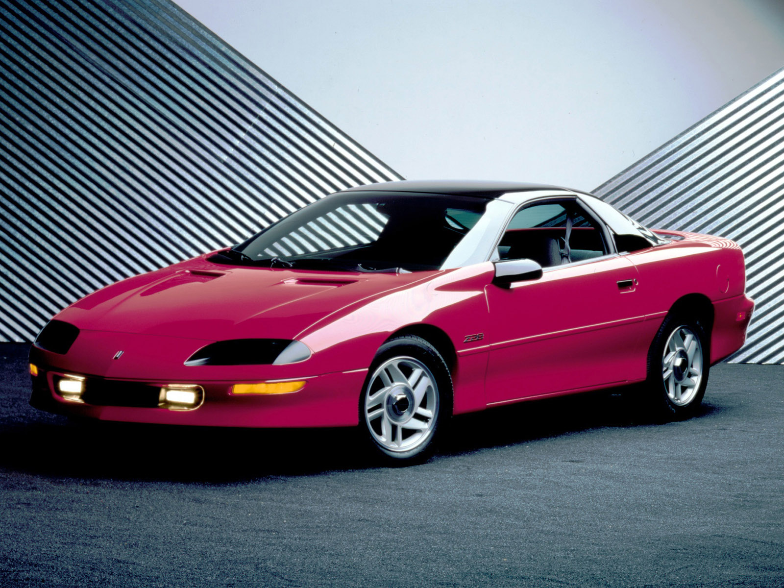 Chevrolet Camaro hasta hoy (4ª Generación 1993-2002) | COCHES ...