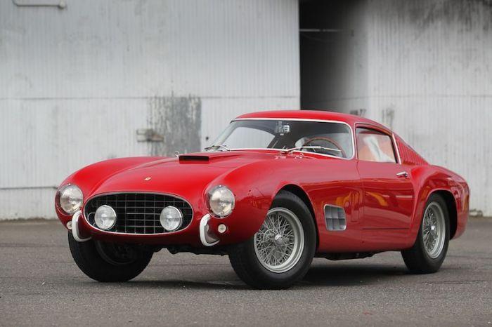goodingco 1957_Ferrari_250_GT_LWB_14-Louver_Berlinetta 9.46 millones
