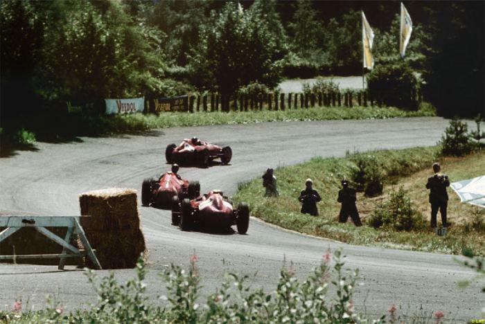GP de Alemania 1957 M.Hawthorn (Lancia Ferrari D50), J.M.Fangio (Maserati 250F) & P.Collins (Lancia Ferrari D50)