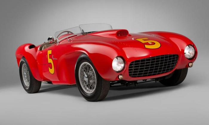 RM-Auctions-Monterey-Pebble-Beach-1953-Ferrari-375-MM-Spider 9.075 millones