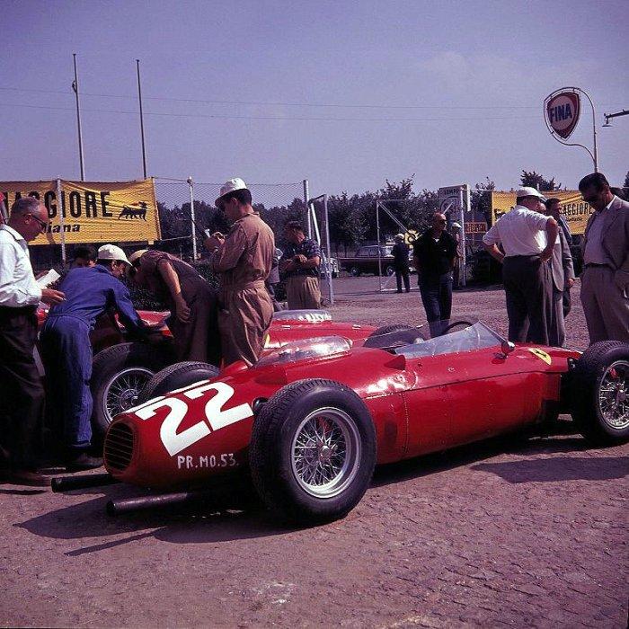 1960 GP de Italia Ferrari Dino 146 P[F2]  #22 de Wolfgang von Trips en Monza. [5º].