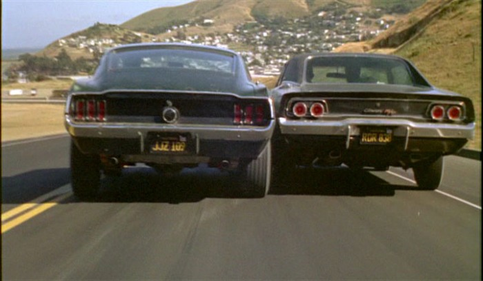 1968 ford mustang 390 gt and 1968 dodge charger in bullitt