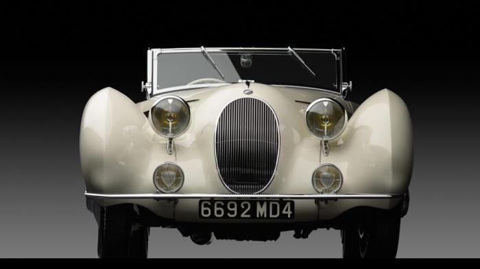 1938 Talbot-Lago T150-C SS Teardrop Cabriolet by Figoni et Falaschi $715 M (Michael Furman © 2013  Courtesy of RM Auctions) 2