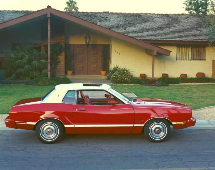 1974 Mustang-II Ghia