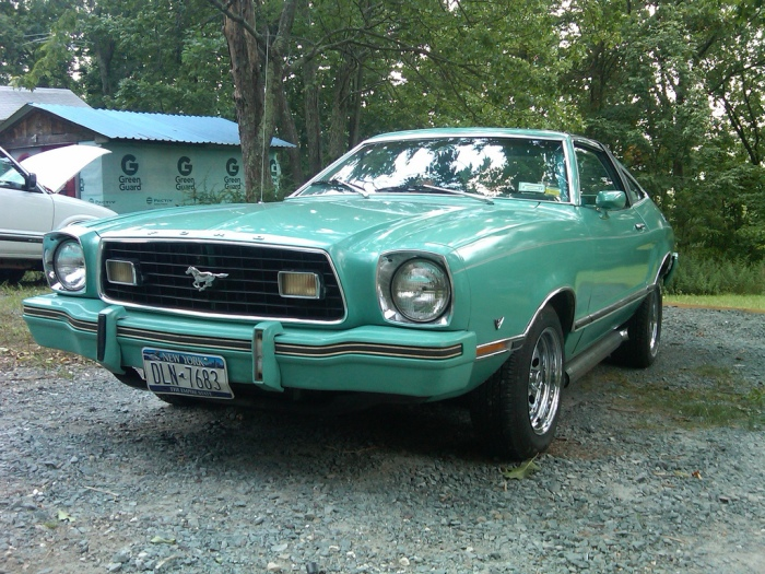 1975 Mustang II 302 V8