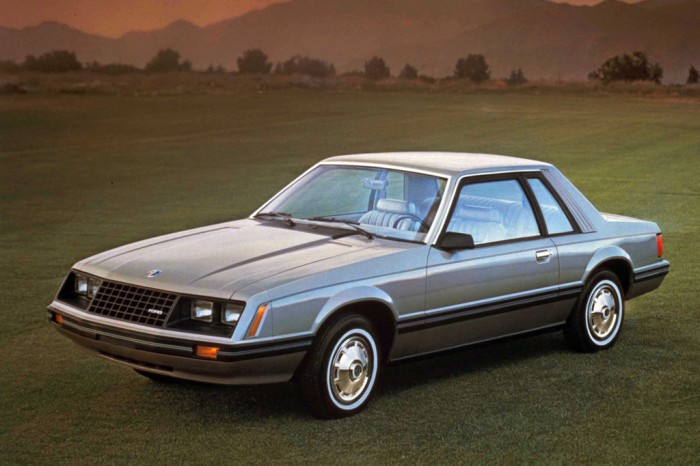 1979_ford_mustang-01