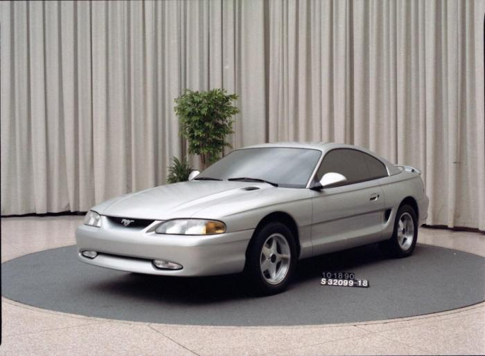 1990-ford-mustang-concept (1)