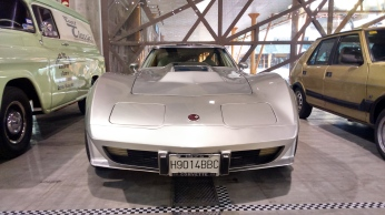 chevrolet-corvete-c3-stingray-l82-5