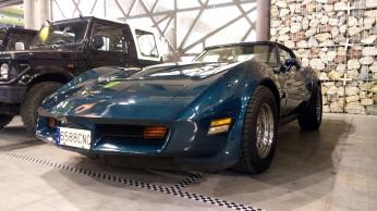 chevrolet-corvette-c3-2